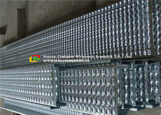 Bolted Fixing Serrated Galvanized Stair Tread , Anti Slip Steel Grate Stair Treads
